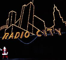 Radio City Santa by Robin Lee