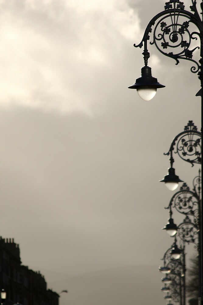 Dublin street lamps by Esther  Moliné