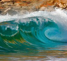 Aqua Crush - A colorful wave in Hawaii by RobDeCamp
