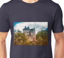 Delgatie Castle in Autumn's Glory (near Turriff, in Aberdeenshire, Scotland) Unisex T-Shirt