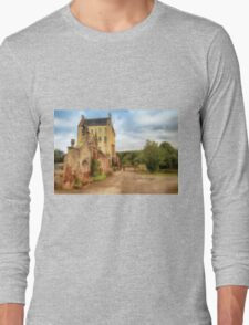 Delgatie Castle, Folly Wall (near Turriff, in Aberdeenshire, Scotland) Long Sleeve T-Shirt