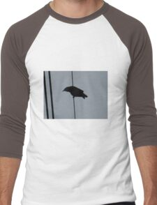 Crow on a wire: silhouette Men's Baseball ¾ T-Shirt
