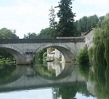Charente at Bassac  by LynnEngland
