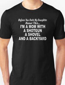 Shotgun MOM Mothers DayHunting Pro Gun T-Shirt