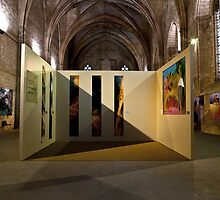 Art expo at the Palais des Papes by Revenant