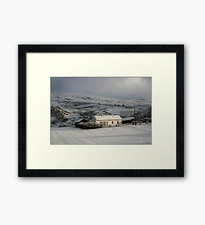 Fullers cottage Framed Print