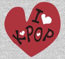 I love k-pop txt heart vector graphic line art Kids Tee