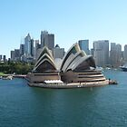 The Sydney Opera House by joycee