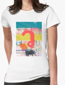 """Thai Characters """"ว"""" Womens Fitted T-Shirt"""