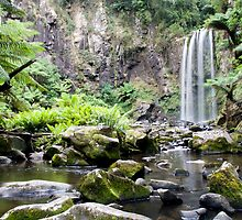 Hopetoun Falls by Razorgrass