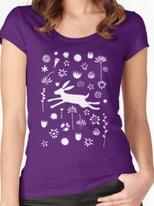 Hare in the Meadow Women's Fitted Scoop T-Shirt