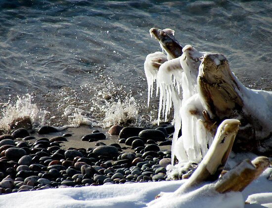 Ice Splash on Lake Superior - Marathon Ontario Canada by loralea