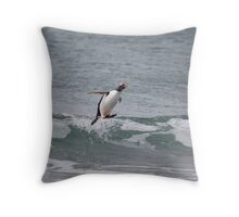 Surfing in gentoo's style Throw Pillow