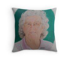 Mum.. Throw Pillow