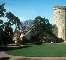Guy's Tower, Warwick Castle by nealbarnett