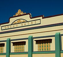 Newcastle Ocean Baths by sallydexter