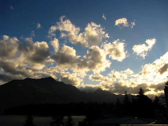 Cloud Mountain by Glenn Browning