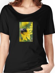The red tailed bumble Women's Relaxed Fit T-Shirt