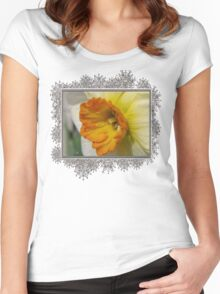 Small-Cupped Daffodil named Barrett Browning Women's Fitted Scoop T-Shirt