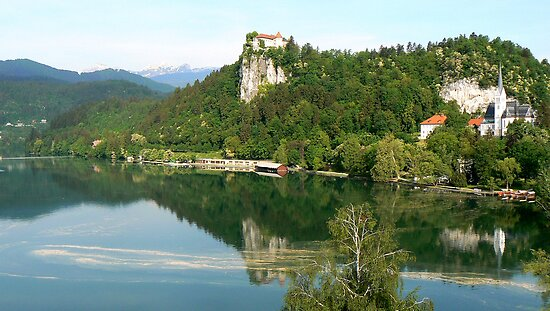 Beautiful Bled by Graeme  Hyde