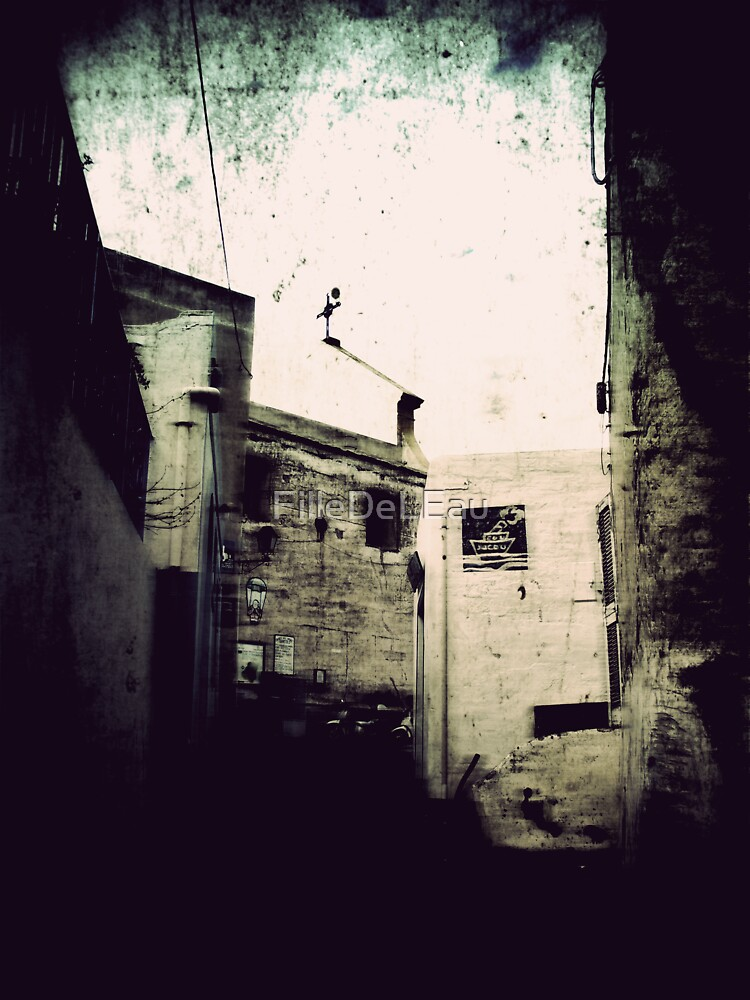 Iddu's alleyway 3 by FilleDeLEau