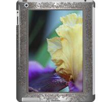 Tall Bearded Iris named Final Episode iPad Case/Skin