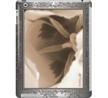 Triumph Tulip named Washington iPad Case/Skin