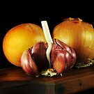 Onions and Garlic by carlosporto
