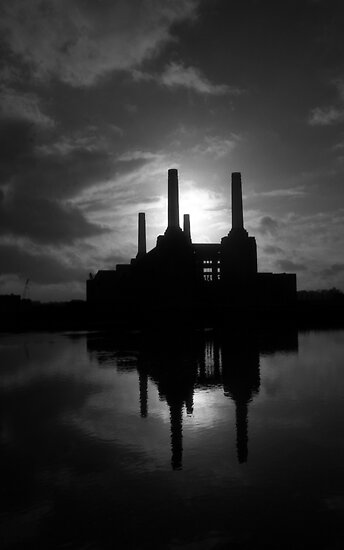 Battersea Power Station by hmartinphotos