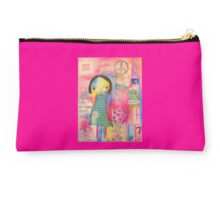 Millie 'Dare to Dream' Studio Pouch