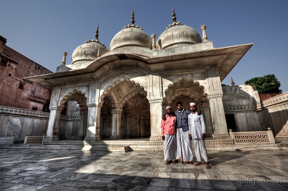 Moti Masjid by Roddy Atkinson