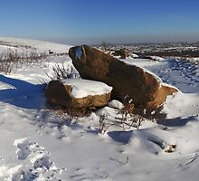 Hilly winter park by zumi