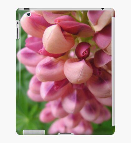 tender loving (lupin flower) iPad Case/Skin