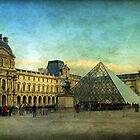 In the shadow of the glass pyramid by Cedric Canard