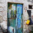 Door in Sicily by gluca