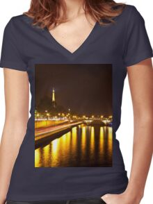 Eiffel Tower overview - panorama Women's Fitted V-Neck T-Shirt