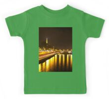 Eiffel Tower overview - panorama Kids Tee