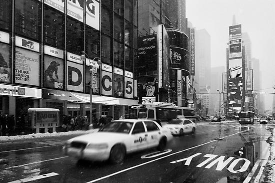 Broadway by Yannick Verkindere