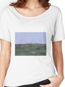 Cliff, Head-Smashed-in Buffalo Jump, Alberta, Canada Women's Relaxed Fit T-Shirt