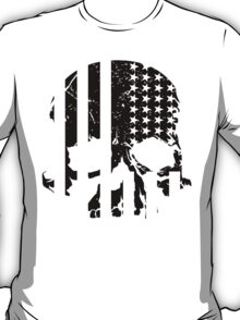 American Flag Skull (black and white) T-Shirt