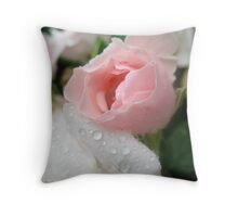 The sweetness of imperfections Throw Pillow