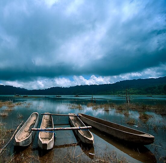 Storm is coming - Tamblingan lake, Bali by Alina Uritskaya