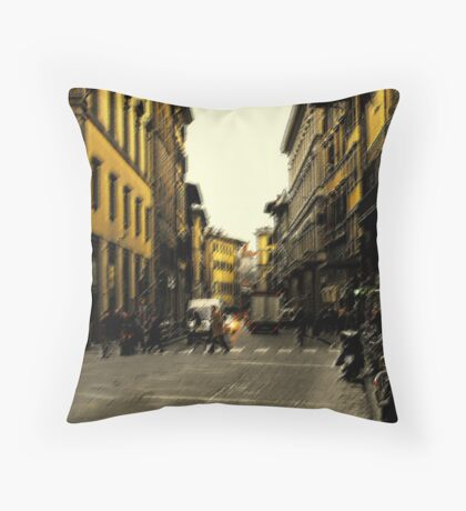 piazza il duomo Throw Pillow