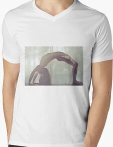 Bending Light - perfect nude woman sexy erotic love calm nature vintage retro cool awesome T-Shirt