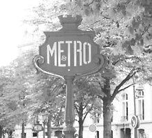 Le Metro by KachinaDoll