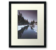 Mounts mirroring Framed Print