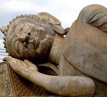 Reclining Buddha by almulcahy