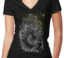 Good night Owl Cty Women's Fitted V-Neck T-Shirt