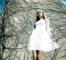 Alice In The Wonderland by PhotoJK