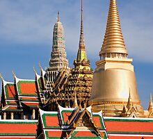 Wat Phra Kaew, Bangkok by Kerry Dunstone